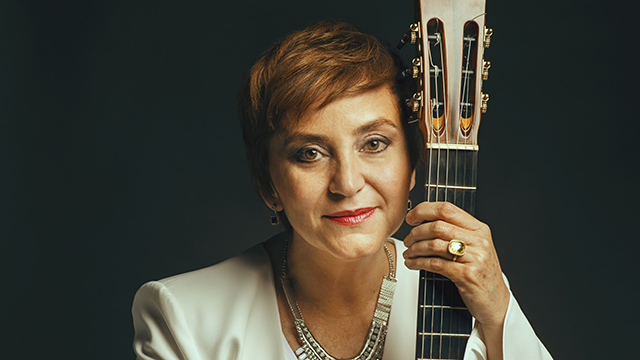Berta Rojas performs Jan. 6, 2019 in the Segovia Classical Guitar series. Photo by Rodrigo Da Silva