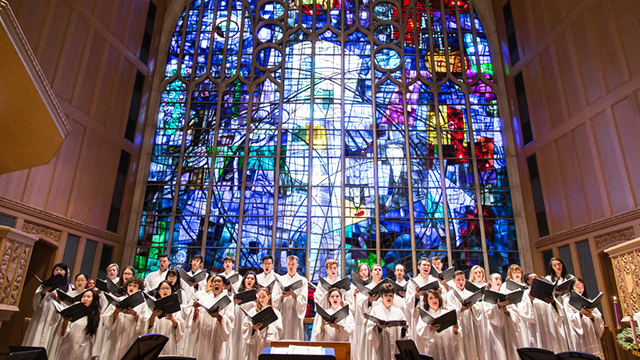 Alice Millar Chapel Choir photo by Elliot Mandel